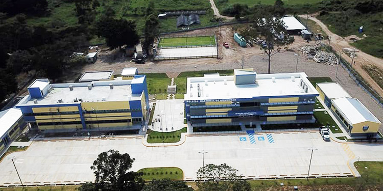 Inauguran la 13 Unidad Departamental de la Policía Nacional en Gracias, Lempira