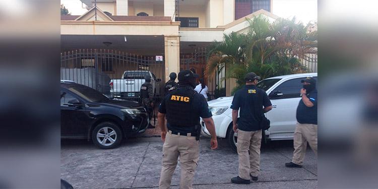 MP realiza siete allanamientos y asegura 113 bienes a socio de 'Los Barralaga'
