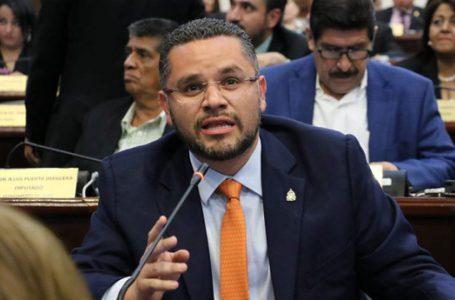 Diputado David Chávez renuncia a su salario y lo cede para la compra de alimentos durante la emergencia nacional por Covid-19