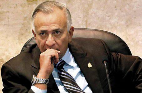 Mauricio Oliva presenta iniciativa de Ley para bajar tarifa de la ENEE para todos los abonados.